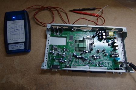 Esr mètre en action : recherche de condensateurs défectueux !